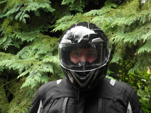 Casque moto un peu grand