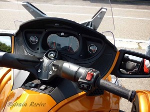 can-am Spyder RTS 2014