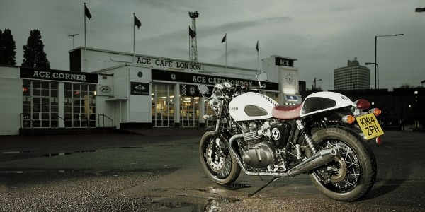 triumph thruxton ace cafe