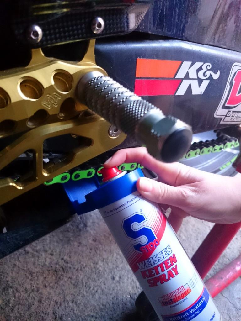 Plébiscitée par Motorrad, la graisse S100 est une des meilleures que nous ayons testées