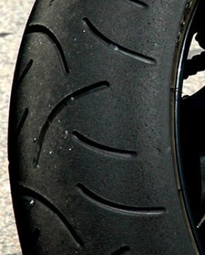 Essai des Pneus Bridgestone BT 014