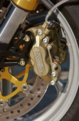 morini-1200-corsaro-frein