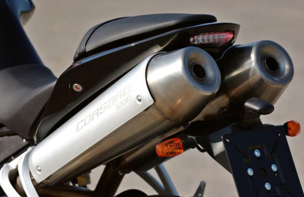 Essai de la Moto Morini 1200 Corsaro