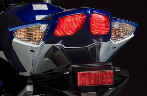 Essai de la Suzuki GSX-R 750 K8