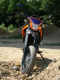 Yamaha XTX 660 Supermotard – L'apprentie supermotard au quotidien.