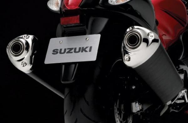 suzuki-gsx-1300-r-hayabusa-arriere