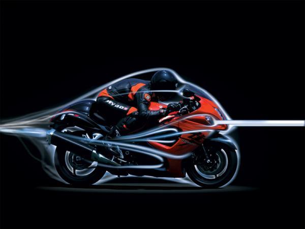Essai de la Suzuki GSX 1300 R Hayabusa