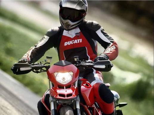 Essai de la Ducati Hypermotard 1100 S