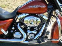 Harley-Davidson Street Glide 2011 : devenez le roi de la route.