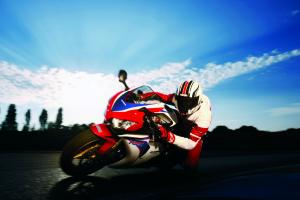 Honda CBR 1000 RR C-ABS – 2010