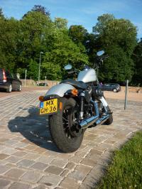 Harley Davidson 883 Iron : le roadster selon Harley?