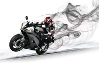 Yamaha R6 50th anniversary face à R1 2012