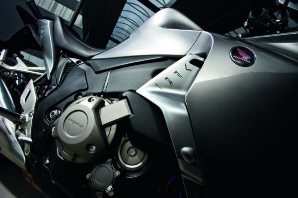 Honda VFR 1200 F Dual Clutch – 2010