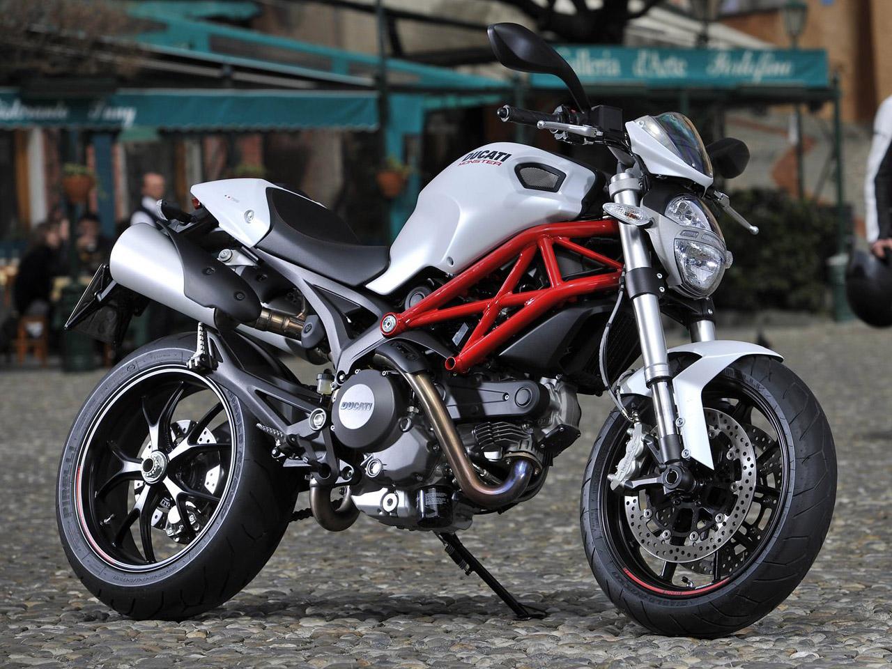 Kawasaki z800 abs tuning car tuning - Ducati Monster 796 2013 Objectif Moto