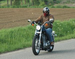 harley-davidson-sportster-883