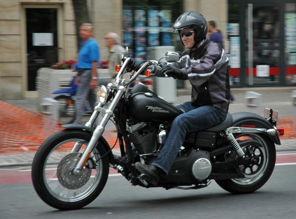 Harley Davidson FXDBI Dyna Street Bob
