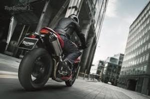 Triumph Speed Triple R – 2012