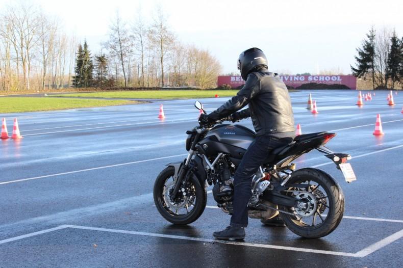 parcours d un nouveau motard le permis moto belgique partie 2 vid o. Black Bedroom Furniture Sets. Home Design Ideas