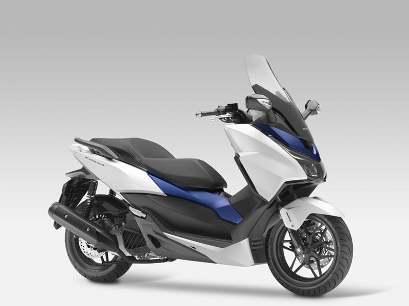 03_Honda_Forza-125-Scooter-2015-2