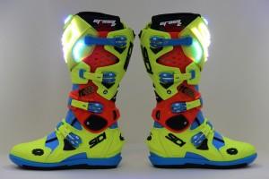 Sidi crée des bottes motocross lumineuses