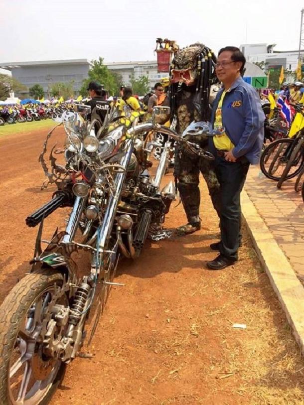 moto-predator-moto