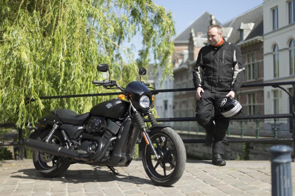 Photo officielle présentation presse Harley-Davidson