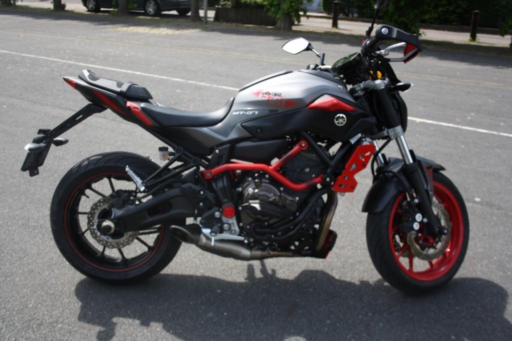 Yamaha MT-07 MotoCage