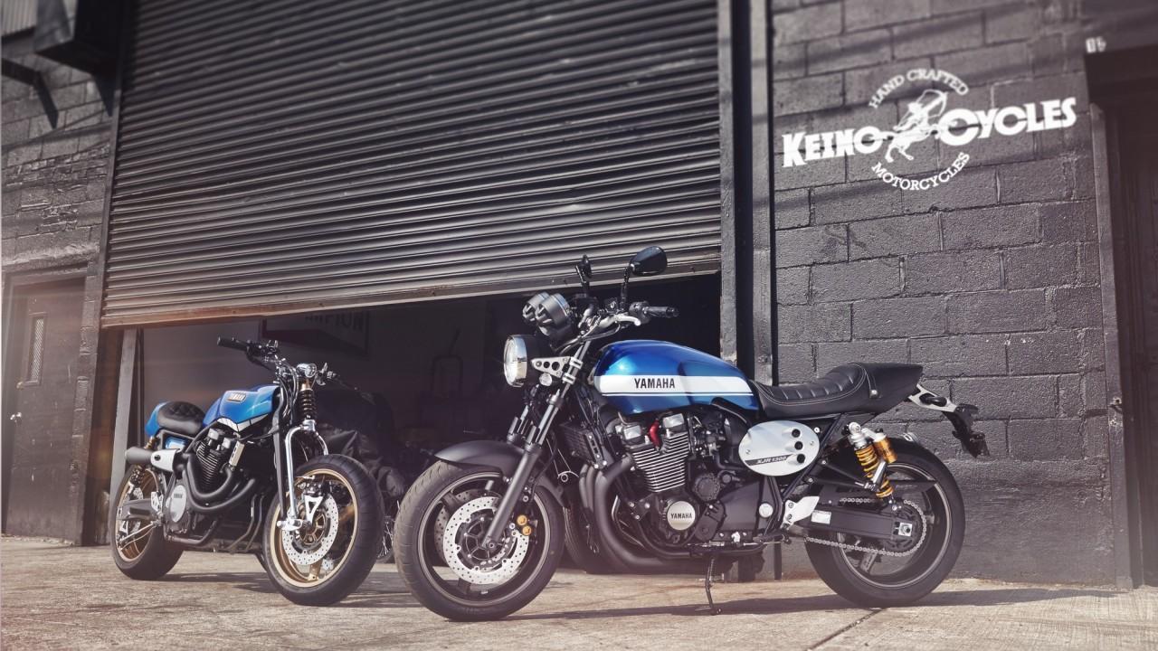 2015-Yamaha-XJR1300-EU-Power-Blue-Static-008