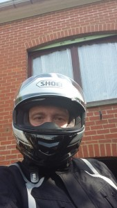 Shoei GT-AIR, l'intégral passe enfin à l'écran solaire intégré