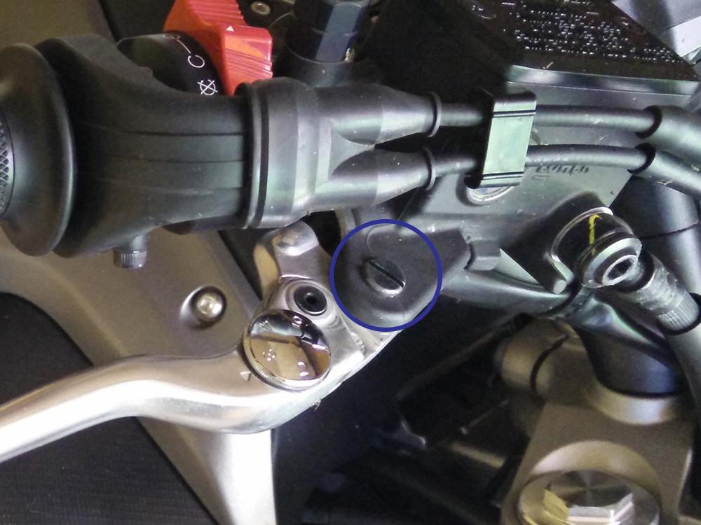 Tutorial: Changer ses leviers de frein et embrayage