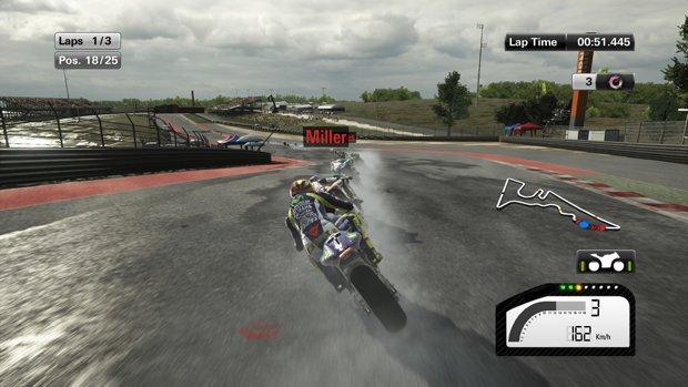 S'il a cessé de pleuvoir au début de la course, vous devez gérer une piste séchante à l'adhérence changeante: bien vu!