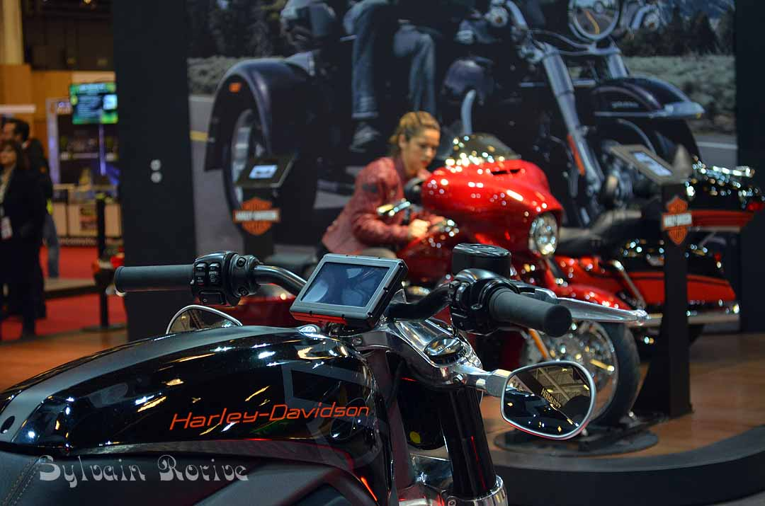 salon de la moto paris 2015158. Black Bedroom Furniture Sets. Home Design Ideas