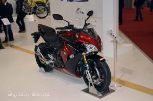 La GSX S1000 F à l'essai en 2016 ?