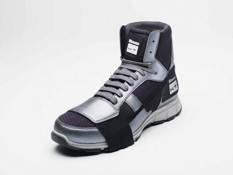 Blauer_Sneaker_180