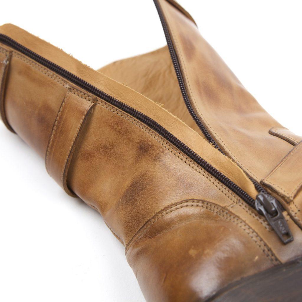 Des bottes vintage aussi pour les dames, les Helstons Galant