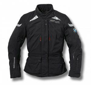 La technique airbag d'Alpinestars dans une veste BMW