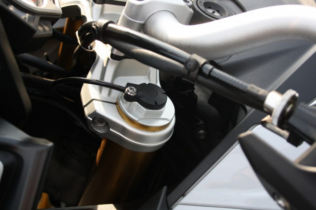 BMW S1000XR, German Speed Tourer