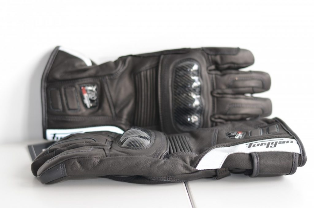 Affrontez l'hiver avec les gants Furygan Blazer