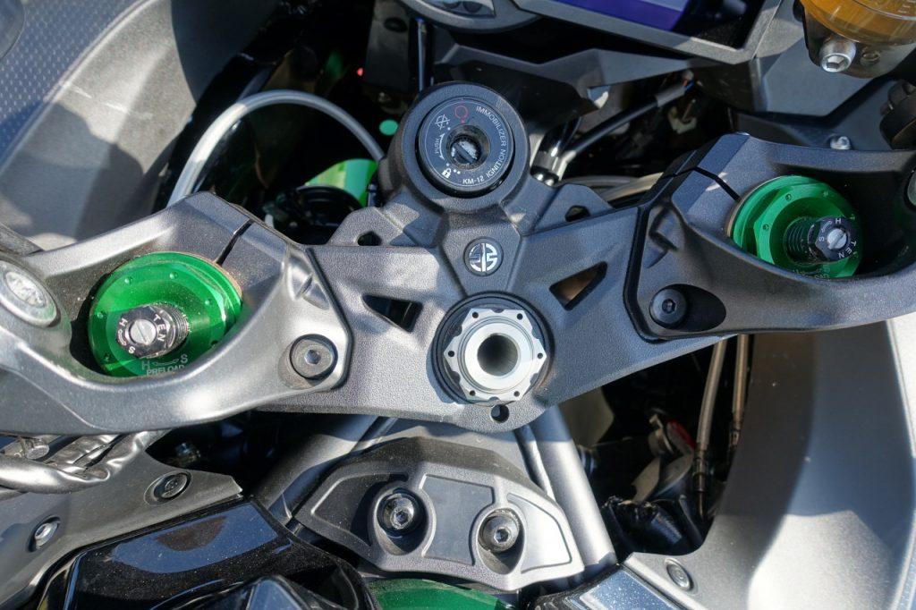 Hulk version deux roues, la Kawasaki H2SX