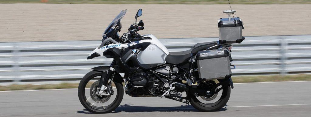 Un BMW GS1200 autonome et on n'est pas le premier avril