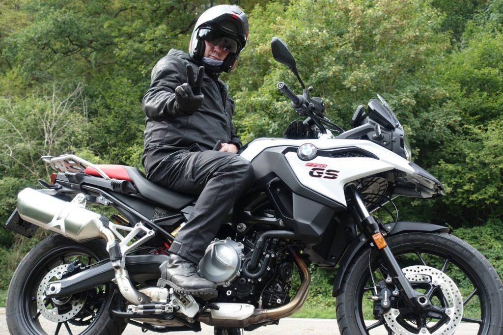 Custom, vintage, Café racer… peu importe avec les TCX Hero Gore Tex