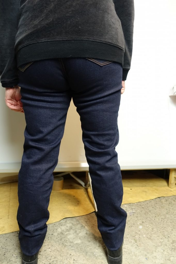 T'as un pantalon moto ? Non un Jeny'ster !