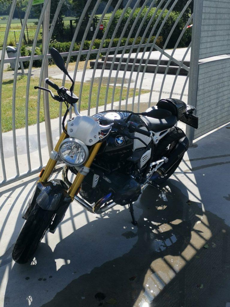 BMW Nine T Black Storm, jouet pour adulte.