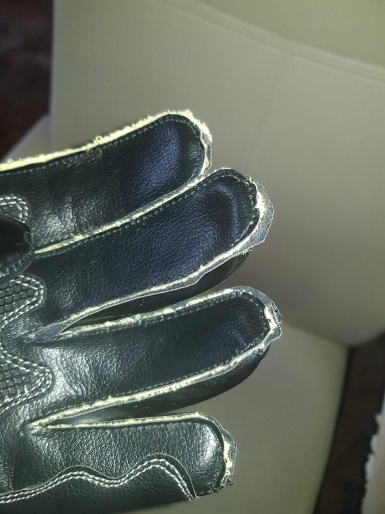 Andromeda Meteor, des gants racing et Vegan