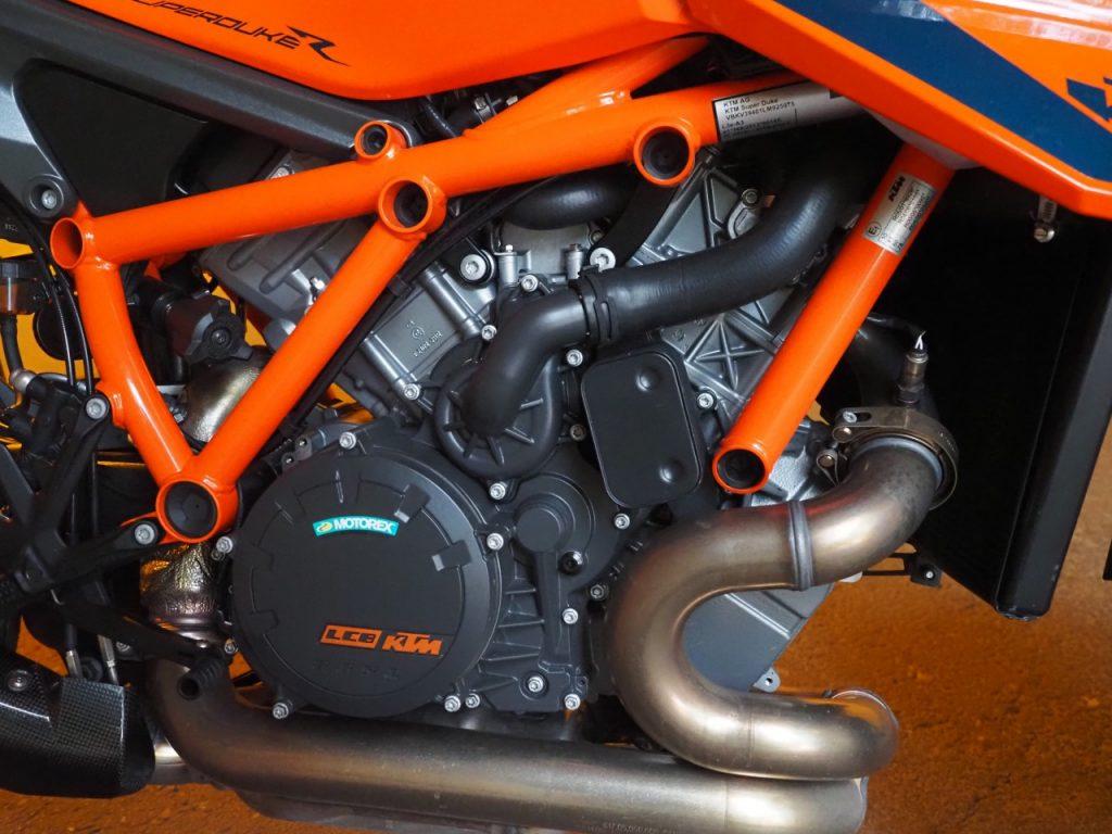 La bombe! On a testé la KTM SuperDuke 1290 R