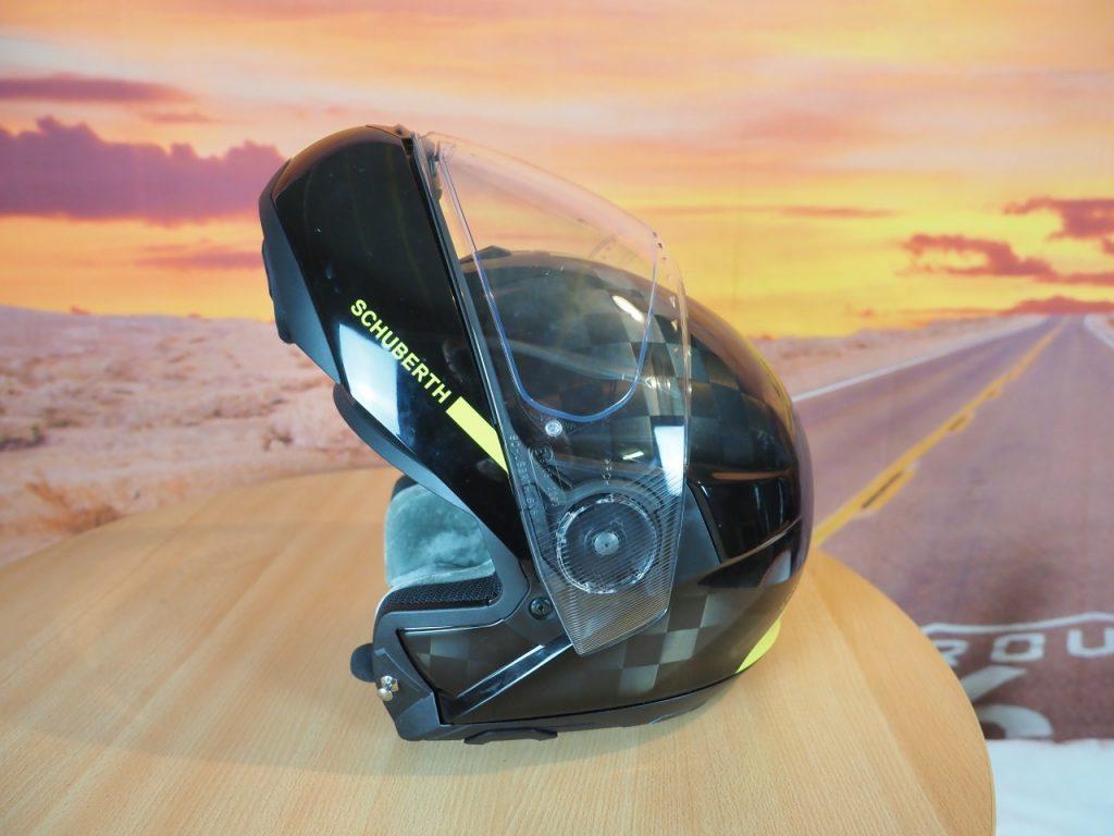 Le Schuberth C4 Pro Carbon, au sommet !