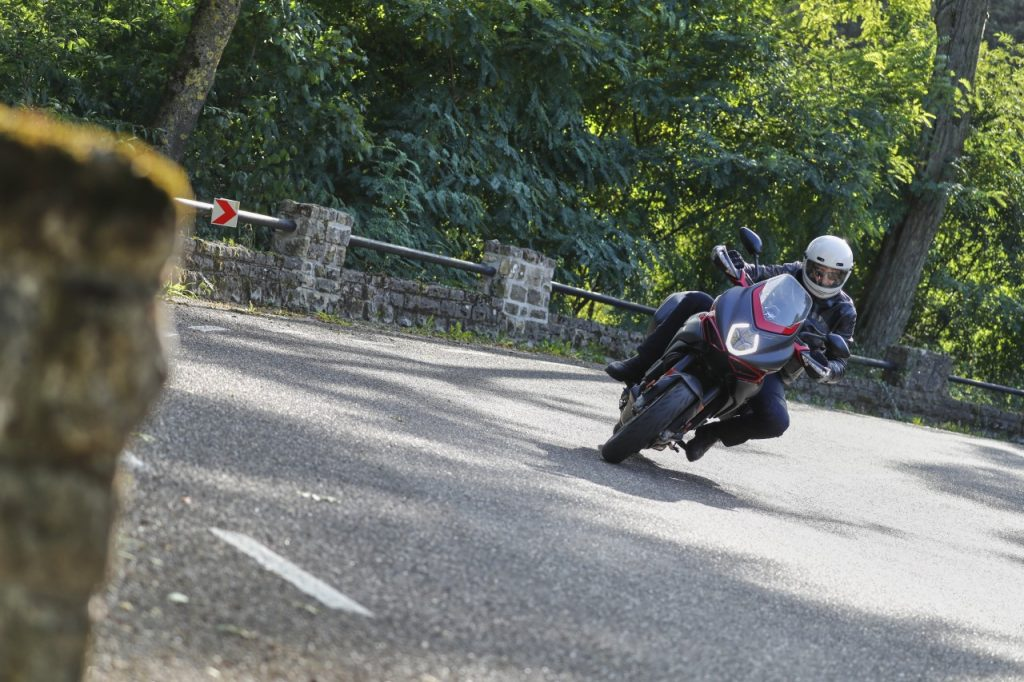 Michelin Road 5: moins Pilot mais… plus sportif!
