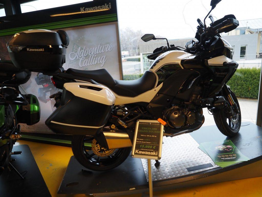 Des nouvelles Kawasaki, en visite chez Golden Bikes