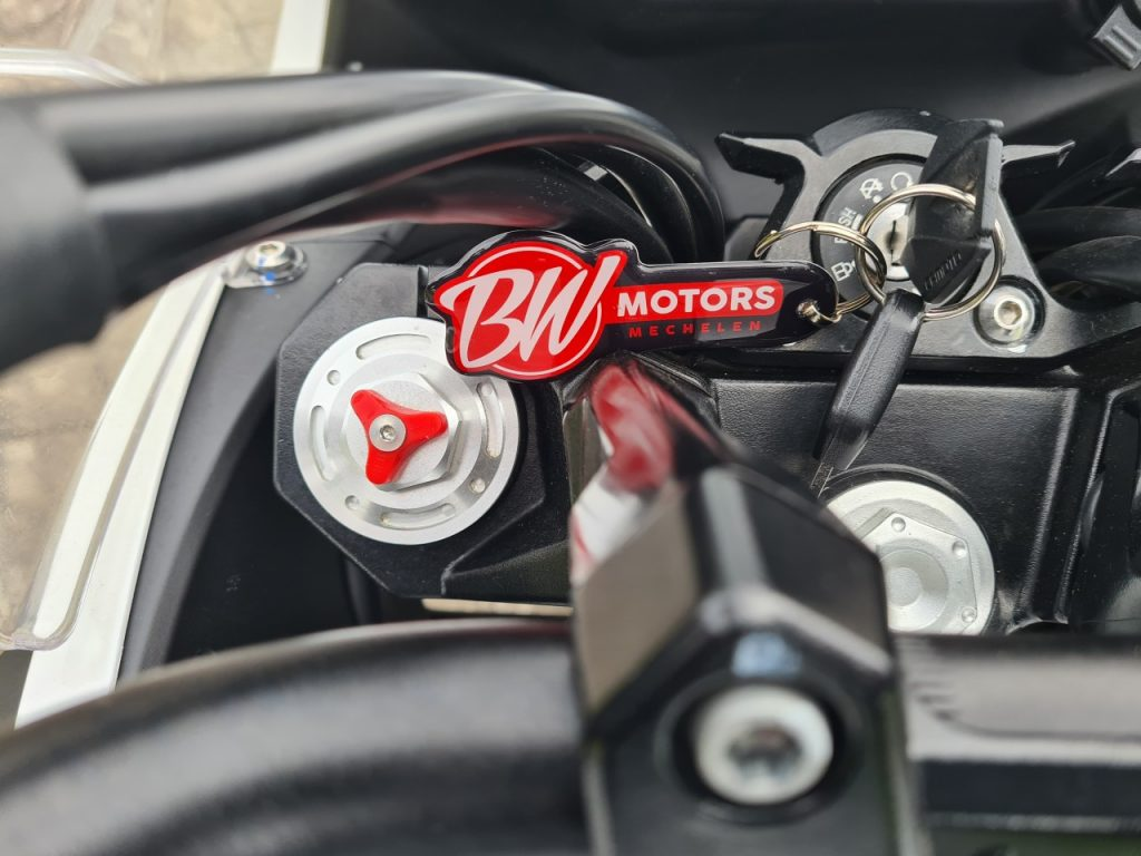 CF-Moto MT 650, on voulait la tester