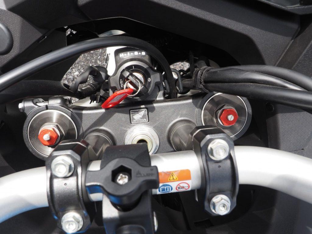 Honda Africa Twin 1100 DCT 2021, polyvalente partout.